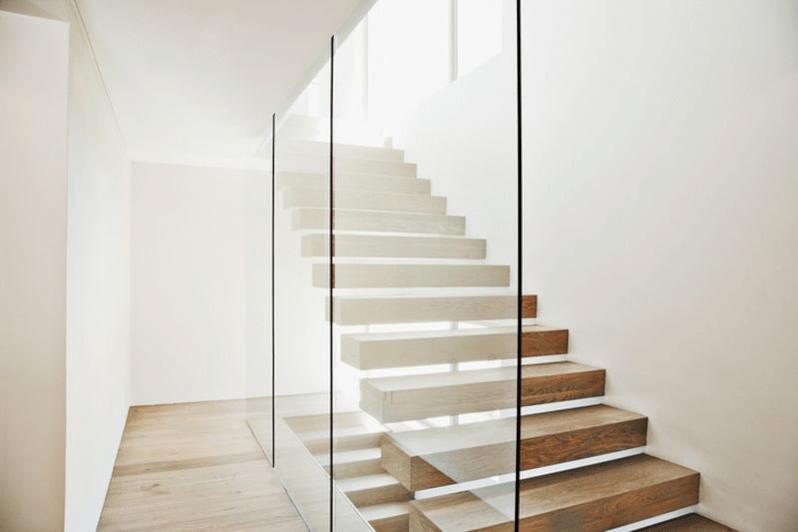 białe schody 4